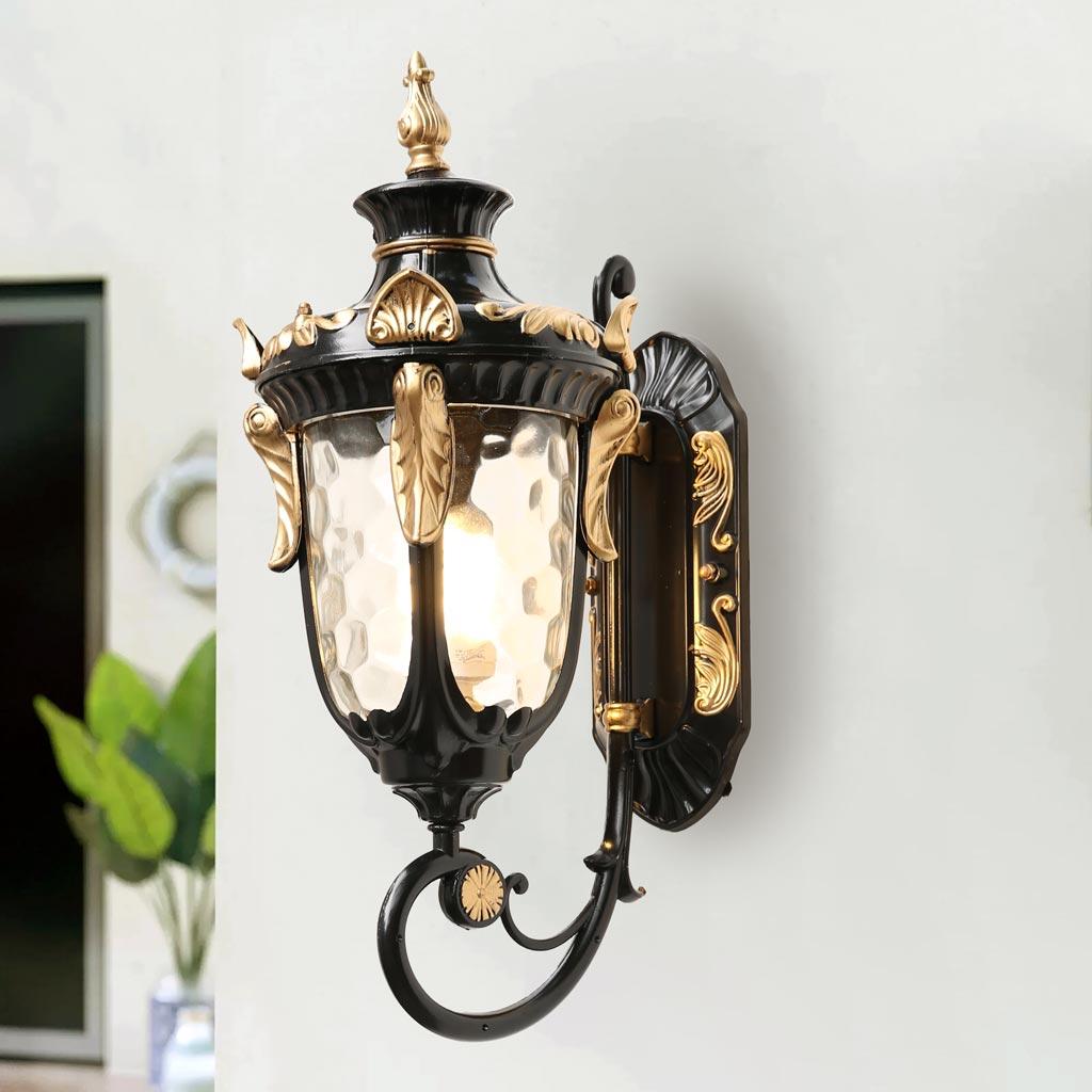 đèn tường ngoài trời cổ điển