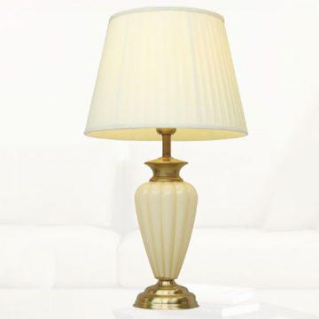 Đèn bàn chụp vải thân thủy tinh VENUS TB8853
