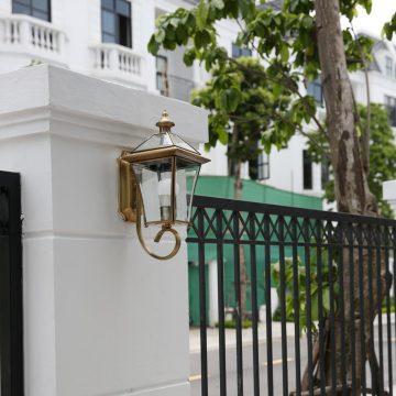 Đèn tường trụ cổng ngoài trời cổ điển Venus 0520