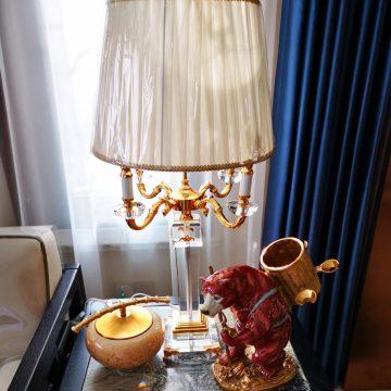 Đèn bàn trang trí kiểu Pháp Venus FR1405