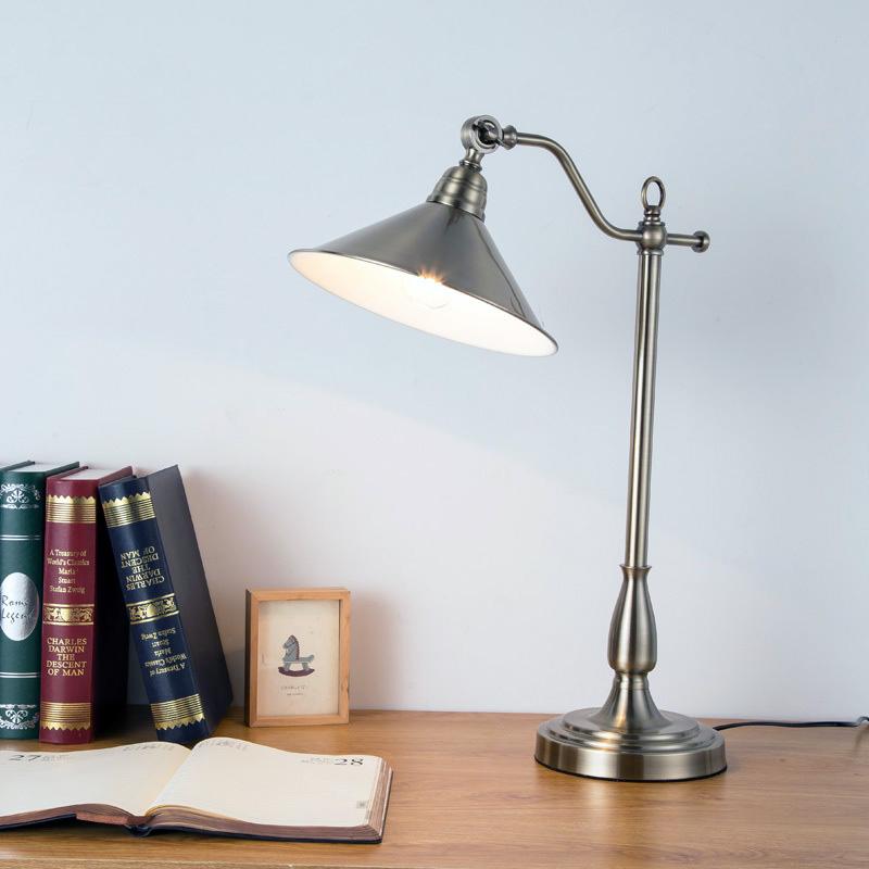 đèn bàn TD663