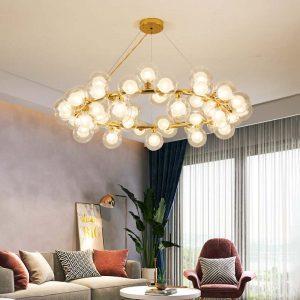 sử dụng nhiều loại đèn trong phòng