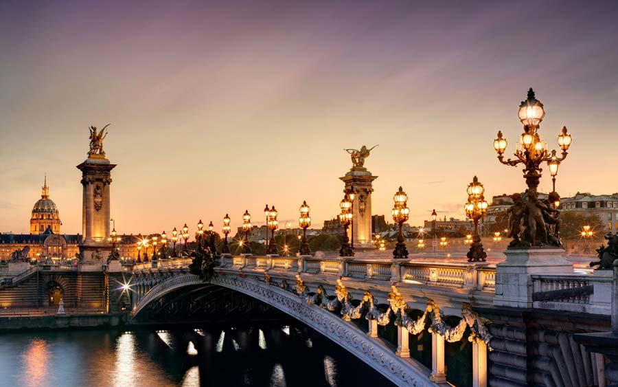 cầu Alexandre III.