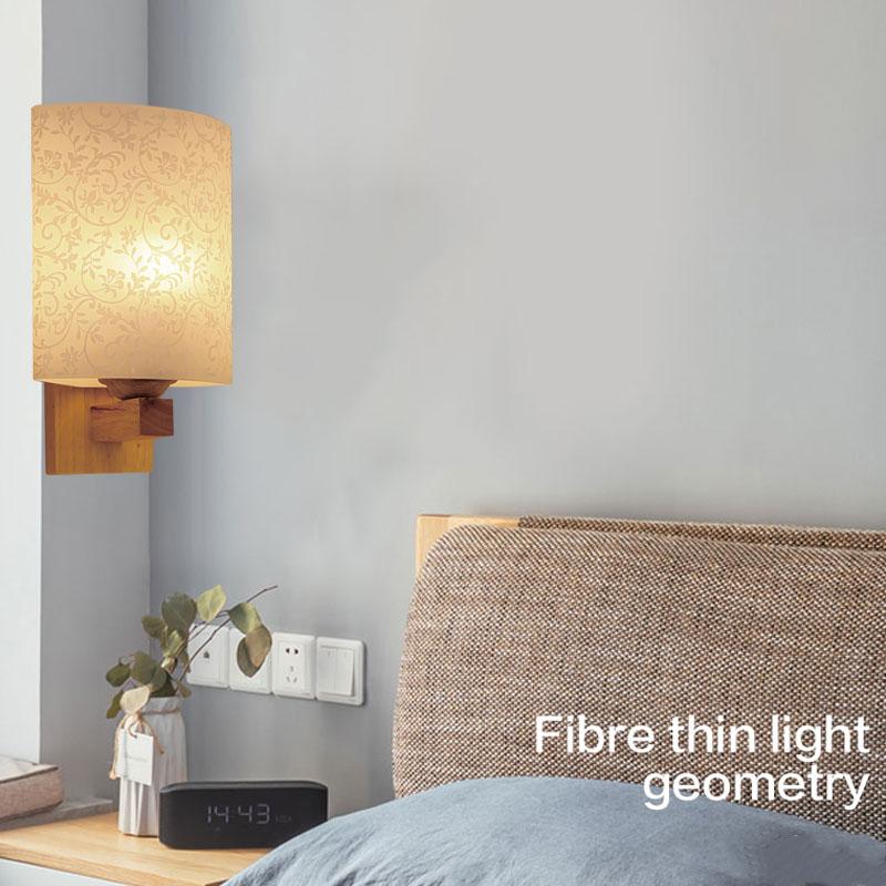 đèn tường thân gỗ