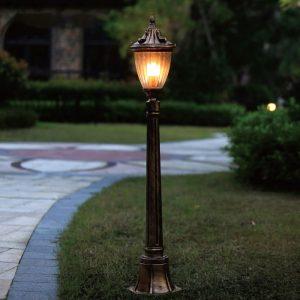 đèn sân vườn phong cách châu âu