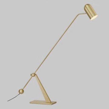 Đèn để sàn trang trí sắt chao kính thiên văn xoay nhiều hướng hiện đại Venus MT9820
