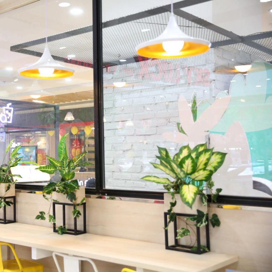đèn trang trí quán cafe sư vạn hạnh sky luck