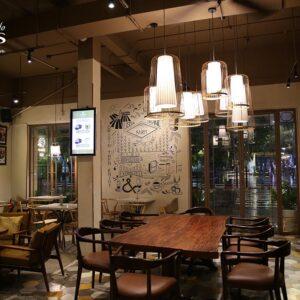 Không gian nội thất và đèn trang trí quán cafe L'amant Cafe