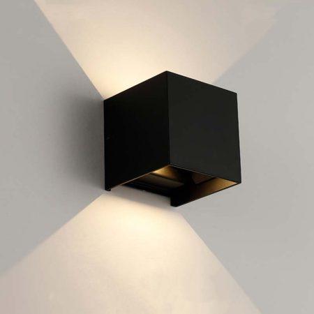 đèn hắt tường hiện đại màu đen hình vuông
