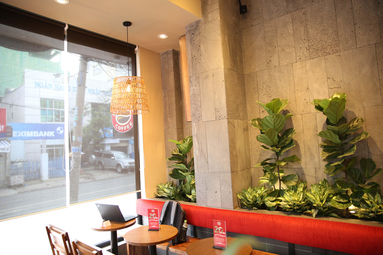 Đèn trang trí quán Café Highland coffee tại Hung Vuong Plaza