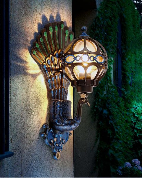 đèn trang trí con công