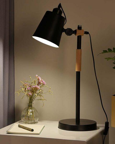 đèn bàn văn phòng nhôm