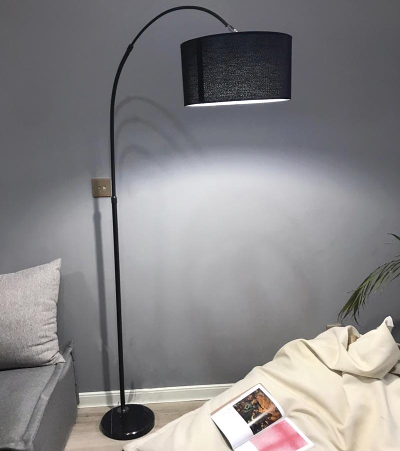 đèn cây câu cá đọc sách hiện đại