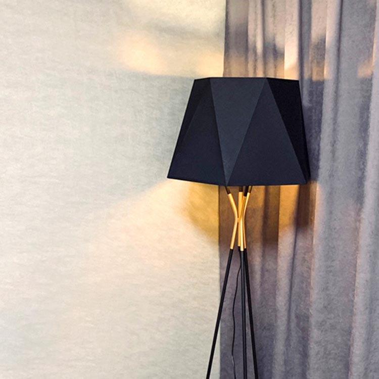 Đèn cây đứng cao cấp cho phòng khách Venus DC567B/18